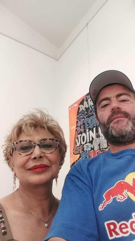 Tarek et la présidente du musée MoLA